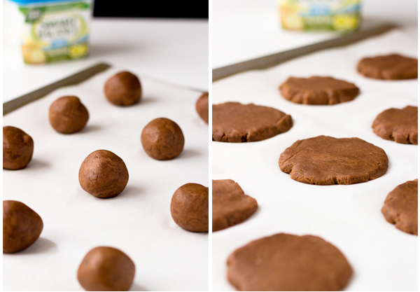 Would you like some of these healthy dark chocolate sandwich cookies for you and your toddler to enjoy? They are gluten-free, vegan, nut-free, and no-sugar added and very quick and easy to make.