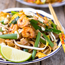 If you are looking for a recipe that is simple and quick to make but also has a combination of sweet and bold spicy flavor, this 15 minute ginger Pad Thai dish is definitely a recipe for you.
