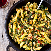 This roasted tofu and kale pasta salad is not only flavorful and healthy, but also a time saving recipe that I strongly recommend. In 25 minutes, the spicy, tangy, and savory pasta salad with proteins, dietary fibers, vitamins, and minerals will be ready, all in one bowl.