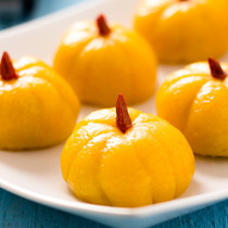 Mini Pumpkin Rice Cake