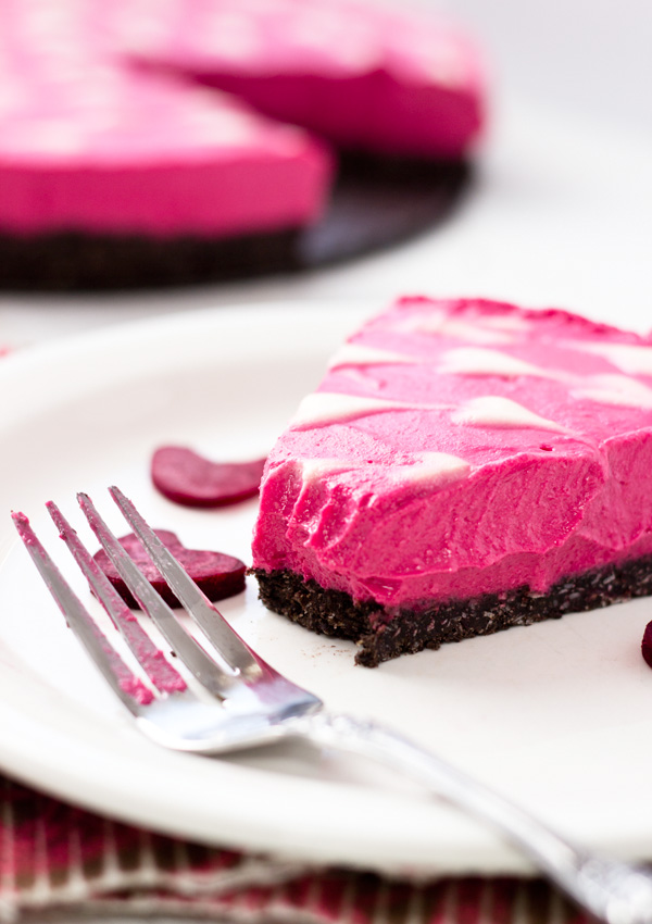 Raw Vegan Yogurt Cheesecake with Beets-03