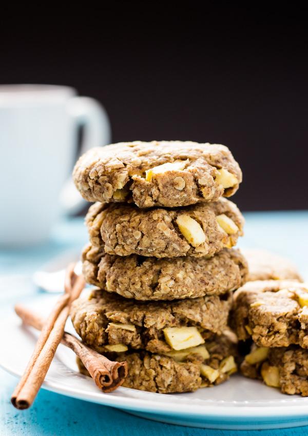 Apple Cinnamon Oatmeal Cookies | Light Orange Bean