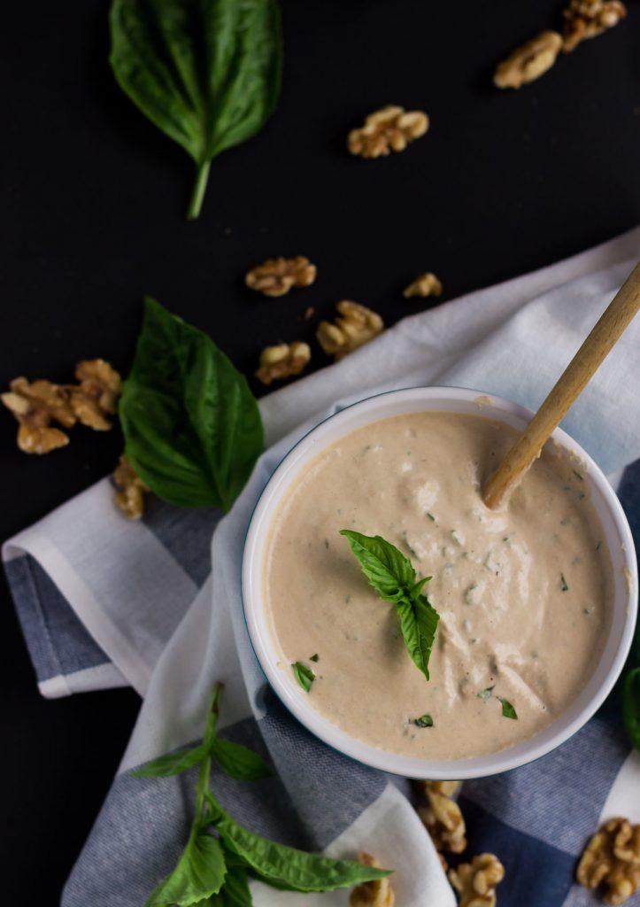 8-ingredient Creamy Vegan Basil Alfredo Sauce