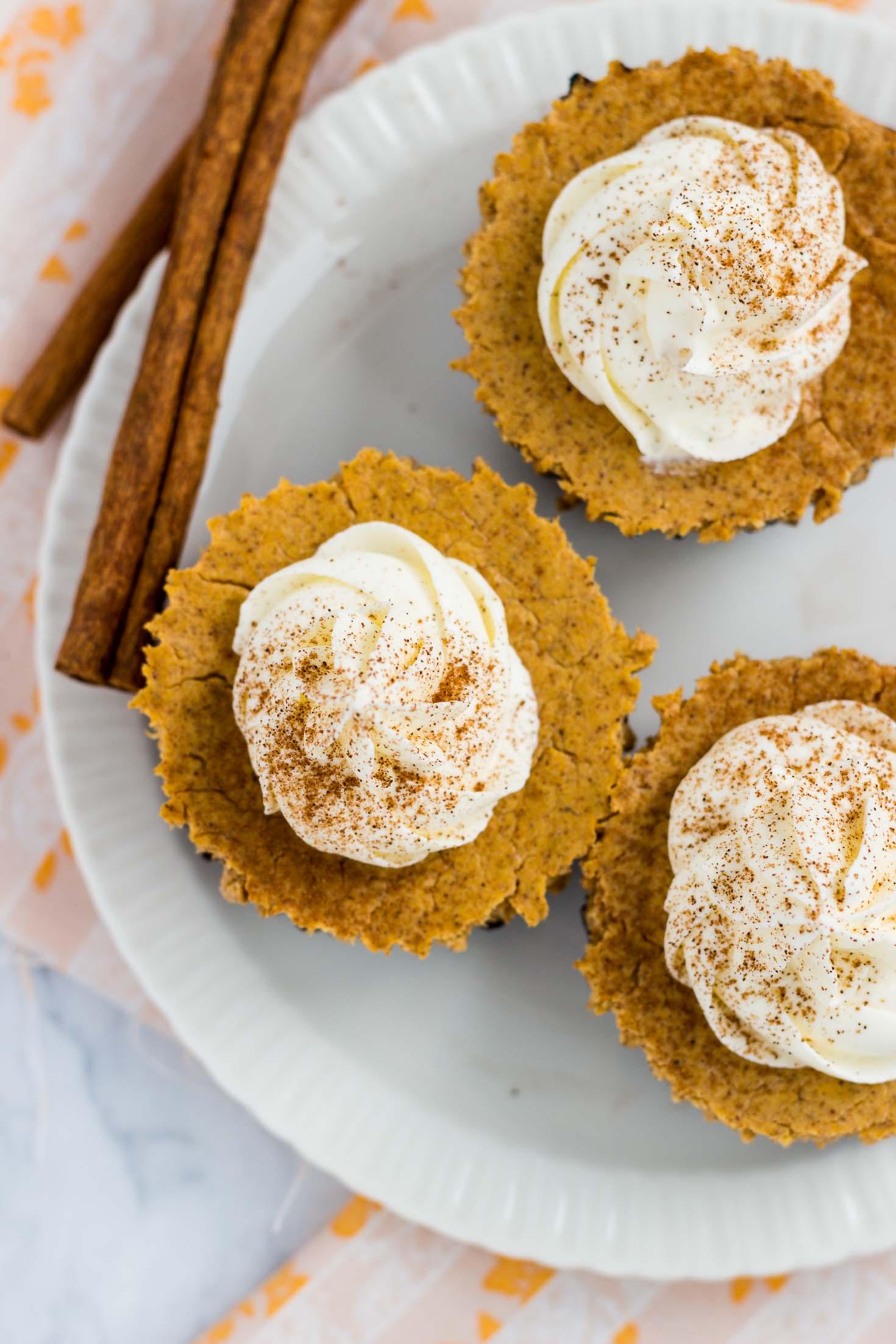 Chocolate-Bottom Pumpkin Mini Cheesecakes-topview