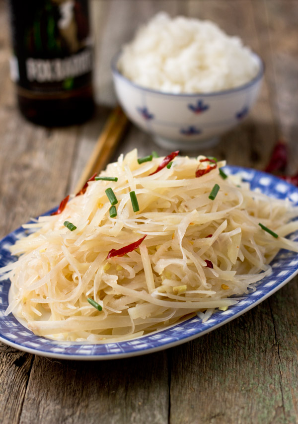 Spicy and Sour Shredded Potato-sideview