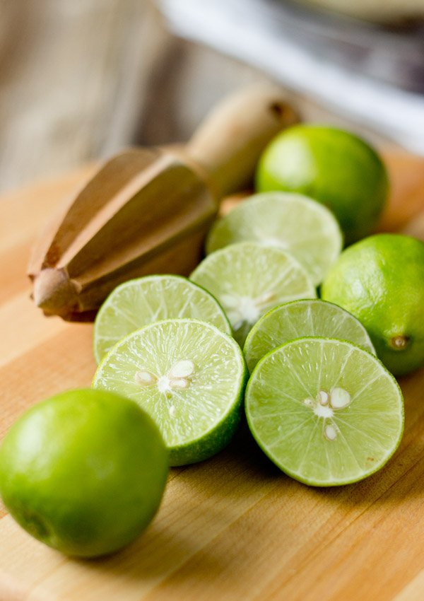 GF Vegan Key Lime Pie-key limes