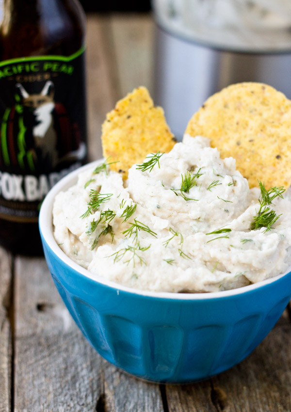 This healthy vegan dill sour cream dip is made from navy beans. The combination of all the ingredients makes the dip taste light, refreshing, and interesting.