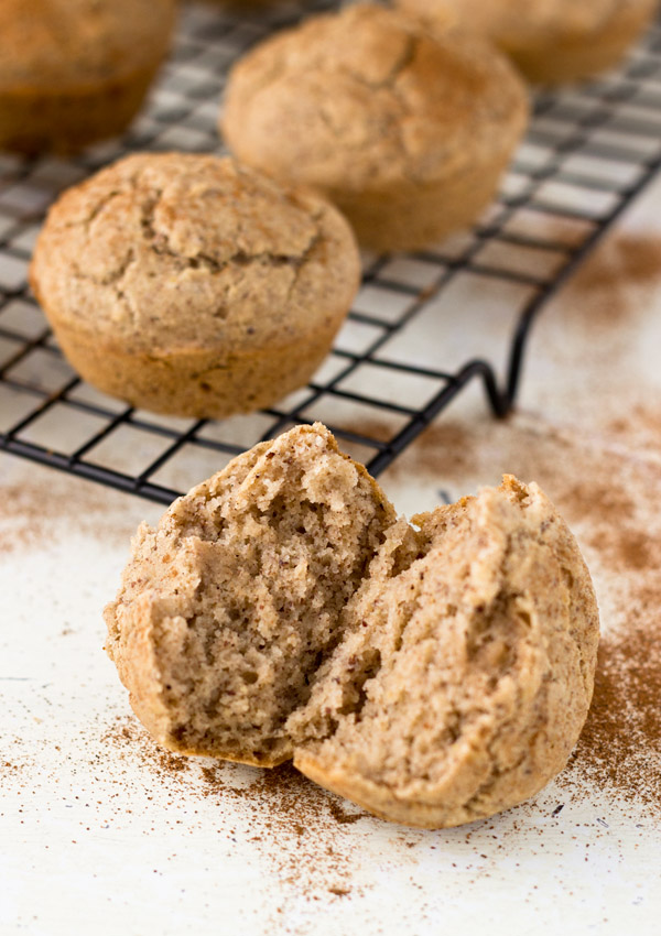 These classic golden and spongy gluten-free apple cinnamon muffins are healthy, rich in flavor, and comforting.