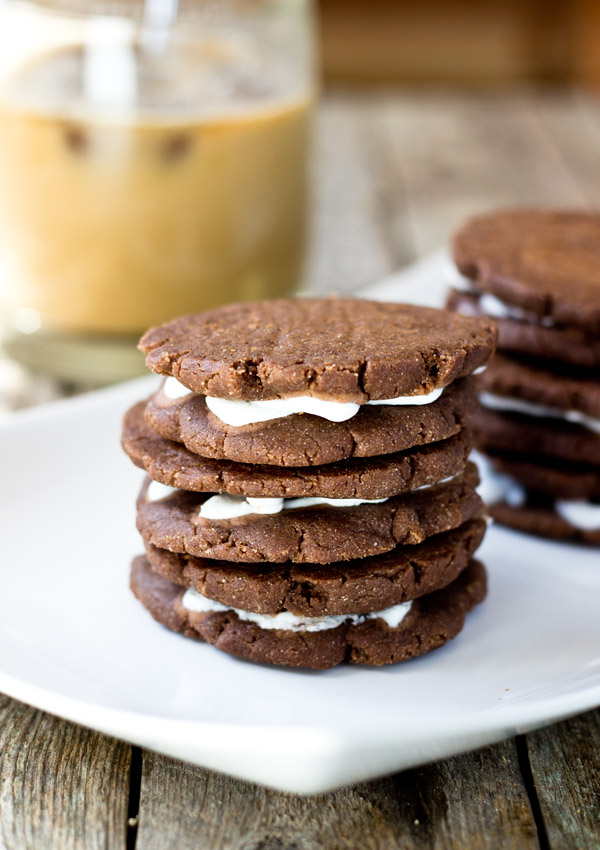 Would you like some of these healthy dark chocolate sandwich cookies for you and your toddler to enjoy? They are gf, vegan, nut-free, and no-sugar added.