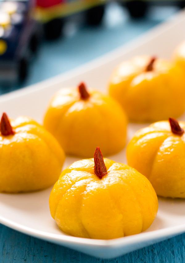 Mini Pumpkin Rice Cake