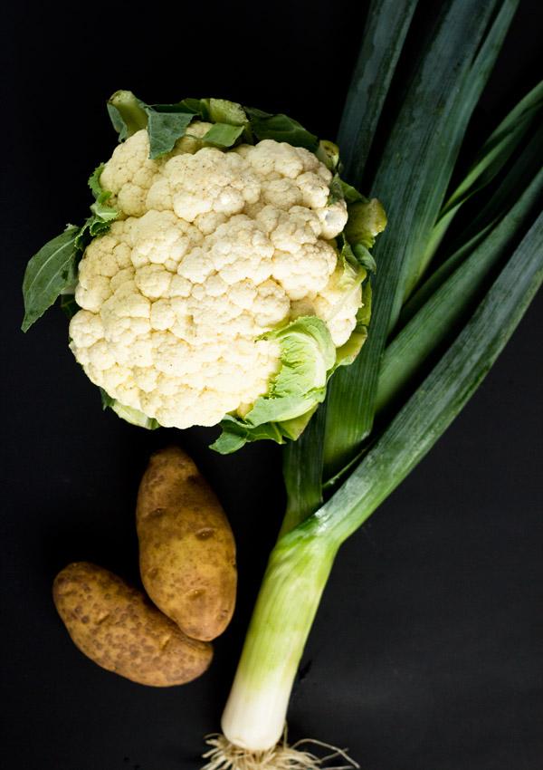 Cauliflower Soup with Leek and Potato