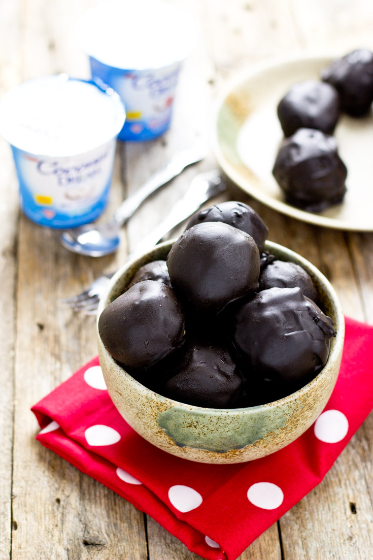 These dark chocolate coconut yogurt cake bites are an irresistible dreamy dessert that contains live plant-based probiotics and is low in sugar (#vegan #glutenfree #vegandessert #glutenfreedessert #veganyogurt #plantbased #glutenfreevegan #cake #vegancake #glutenfreecake).