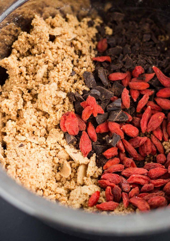 Grain-free Peanut Butter Energy Bites