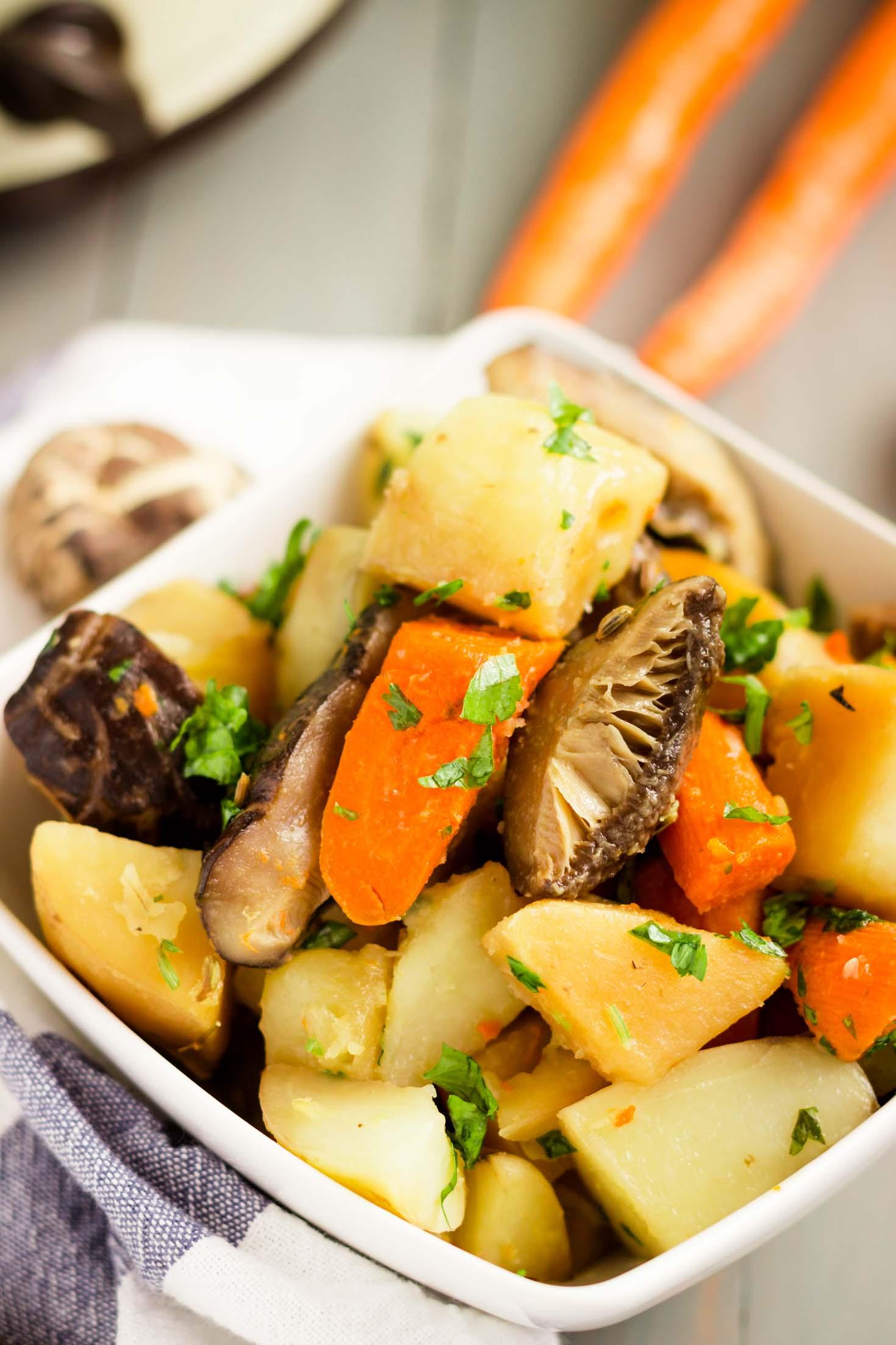 Slow Cooker Shiitake Mushroom Carrot Potato