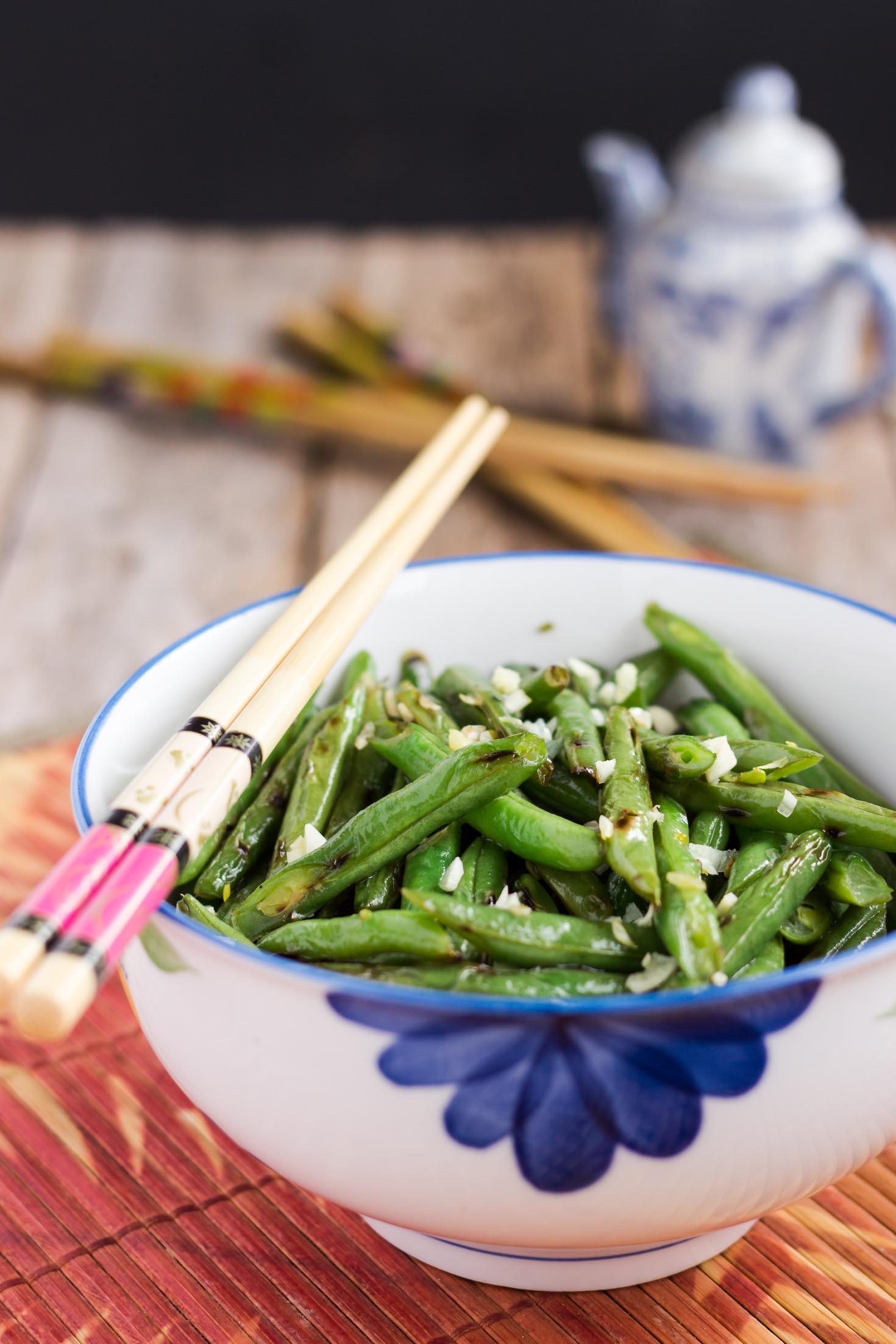 Simple Skillet Garlic Green Beans