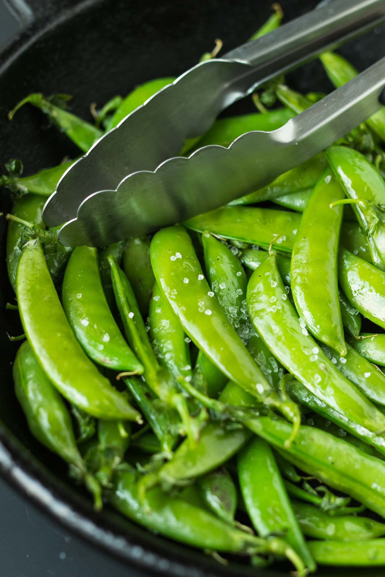 8-Minute Asian Peas Stir-Fry with Sesame Seeds