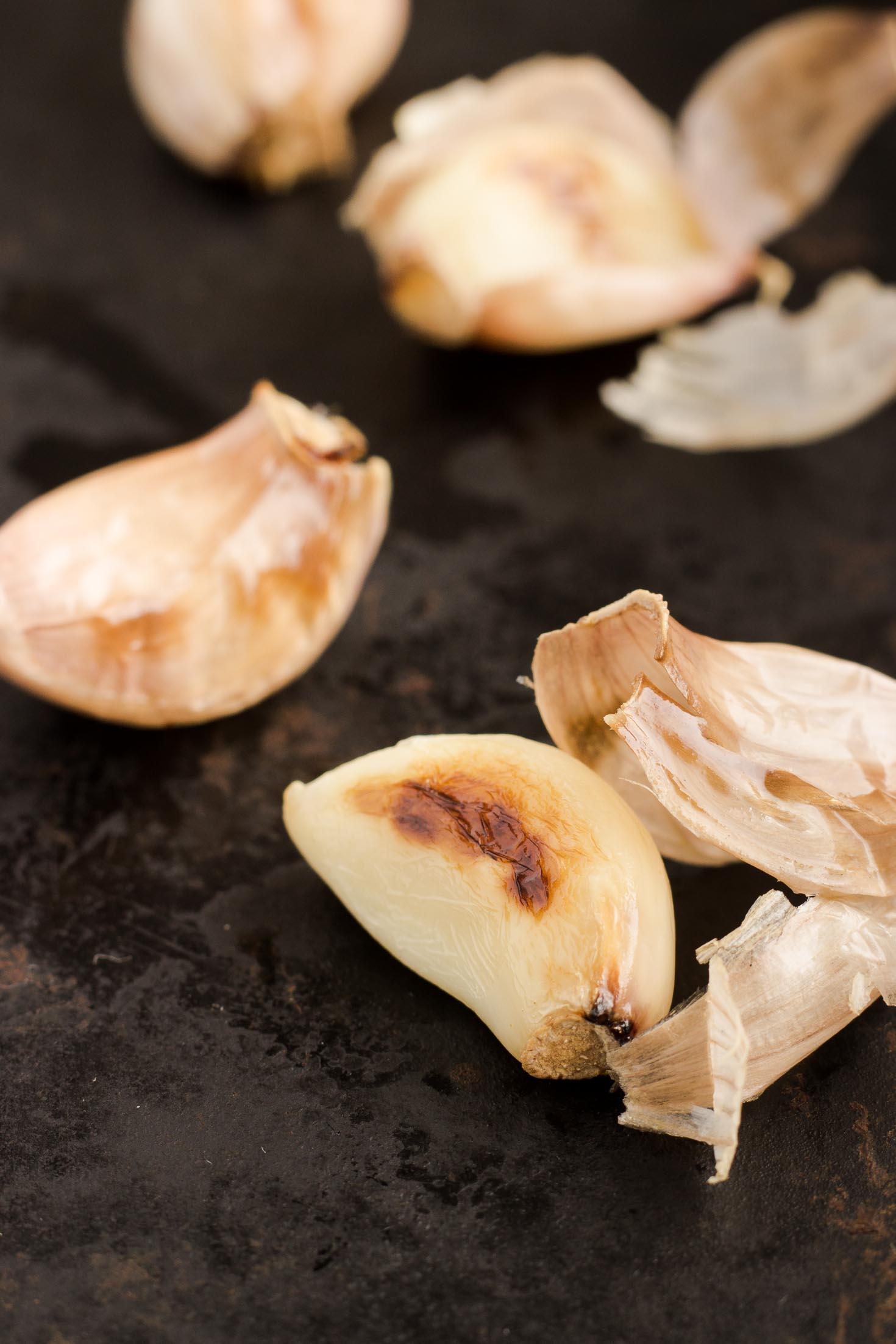 Roasted Garlic Mango Dressing