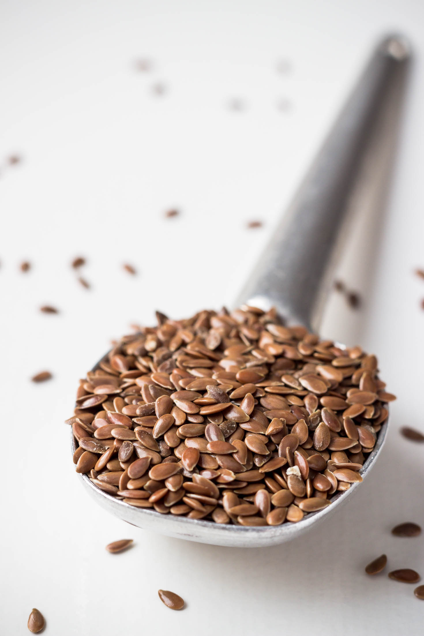 flaxseeds for pumpkin spice latte smoothie. ground flaxseeds make the smoothie thicker