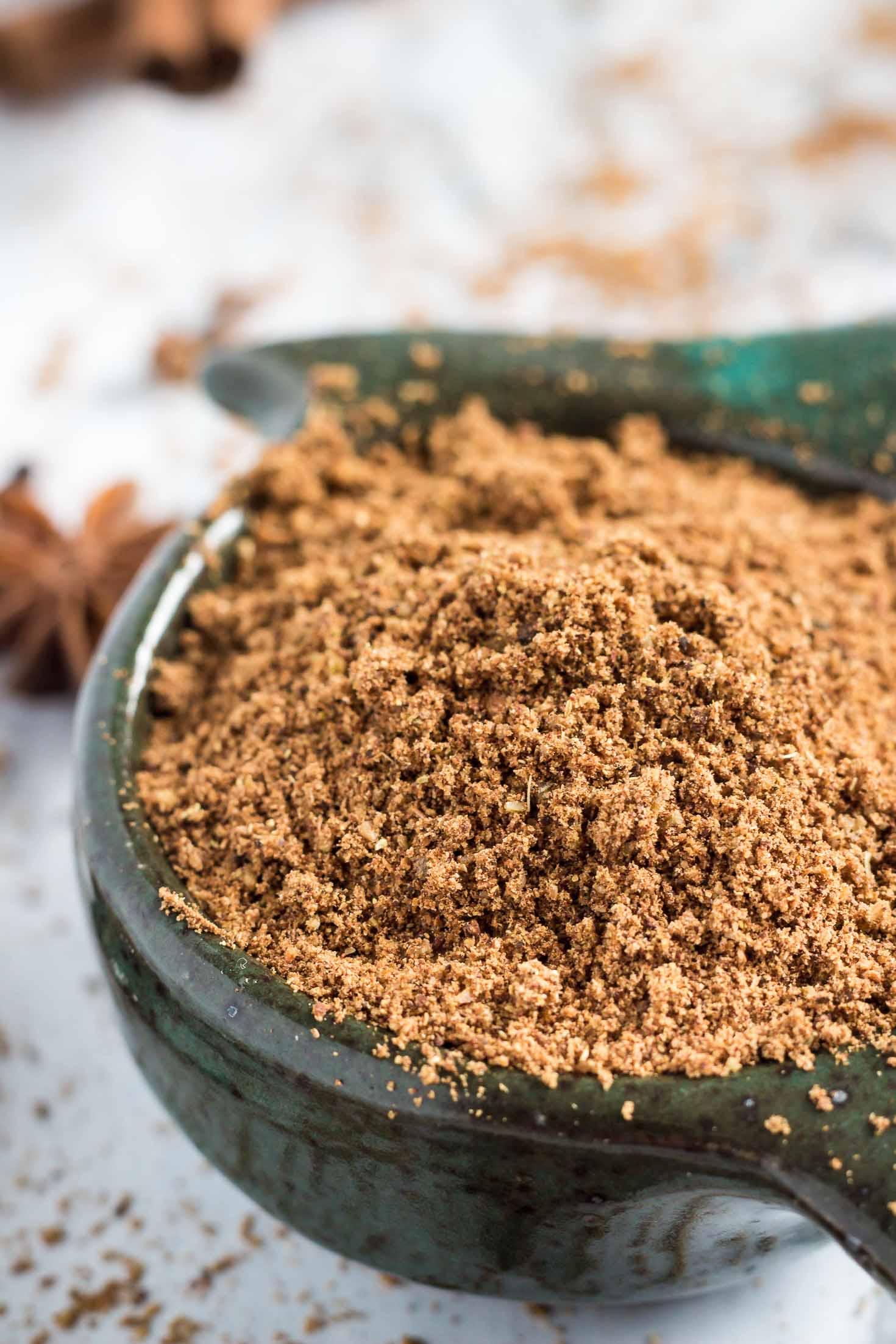 Chinese 5-spice powder-closeup view