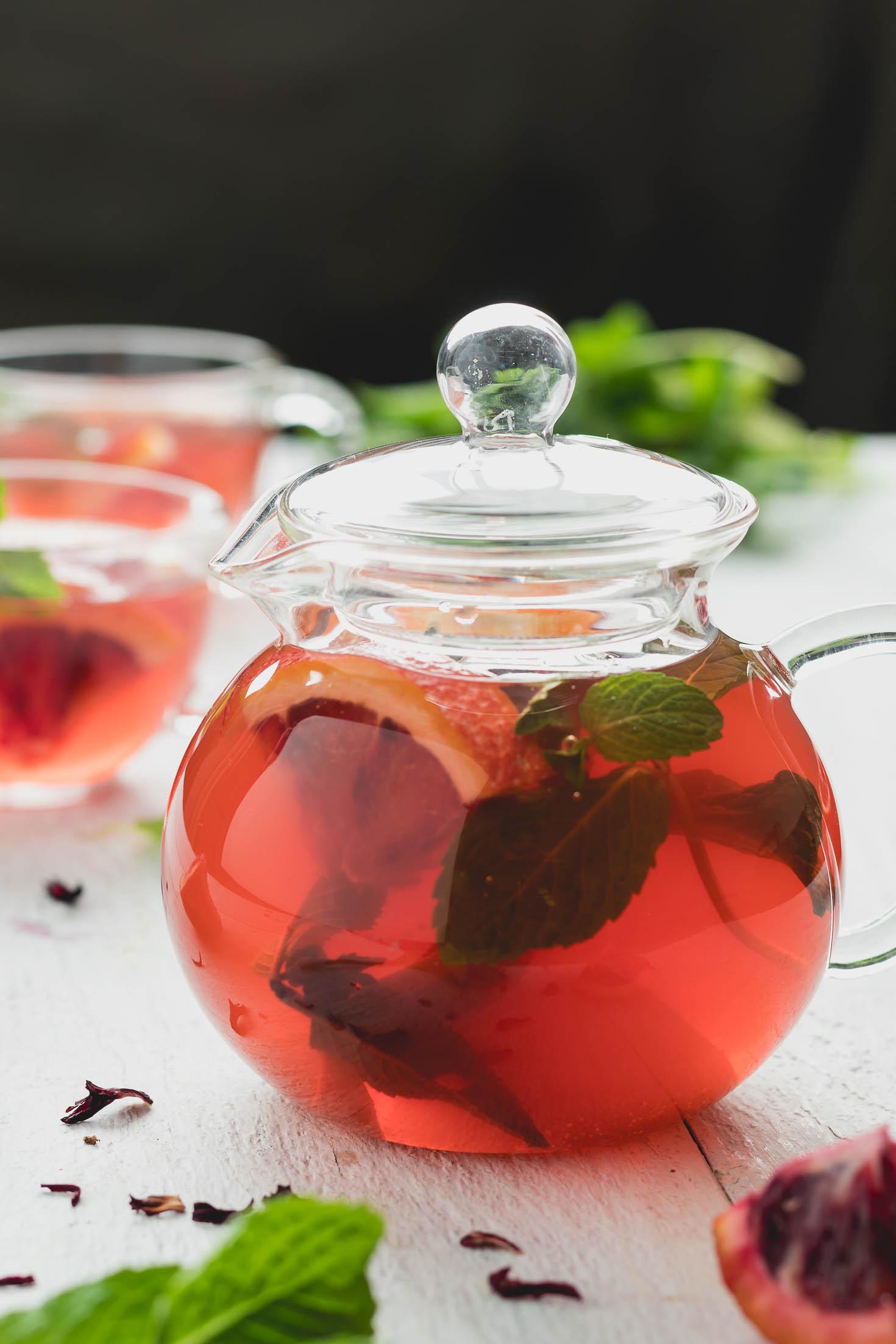 Hibiscus Orange Mint Water Kefir-front top view-in a glass tea pot